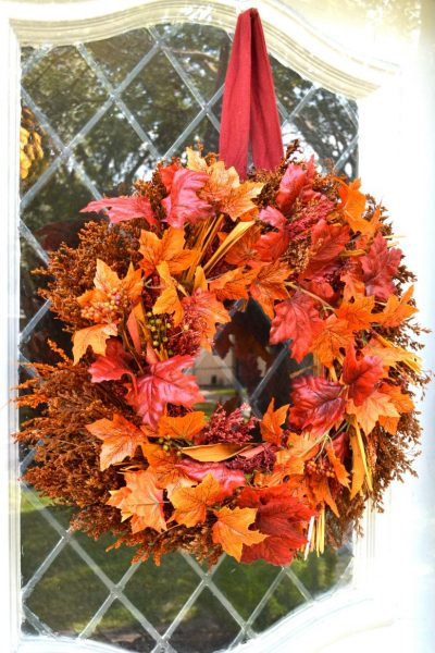 How to Give an Old Wreath an Inexpensive Makeover
