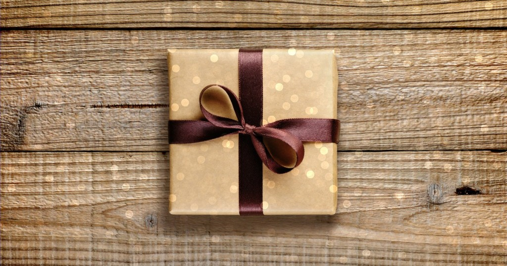 good simple gift guide unique personalized gift ideas