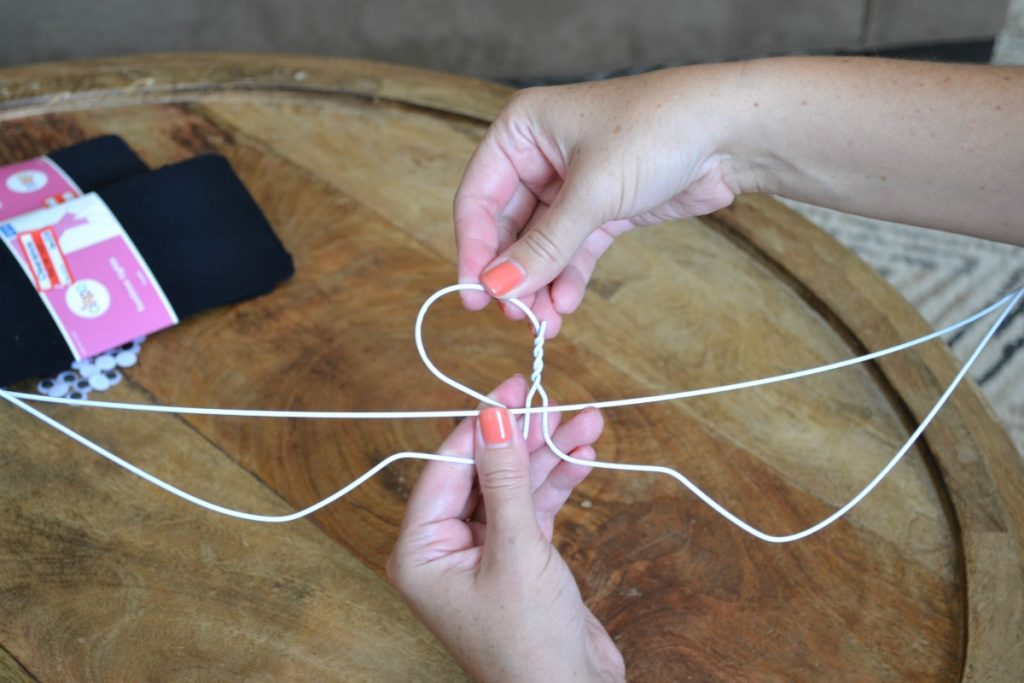 wire hanger craft ideas diy wire hanger bats for and simple 5745