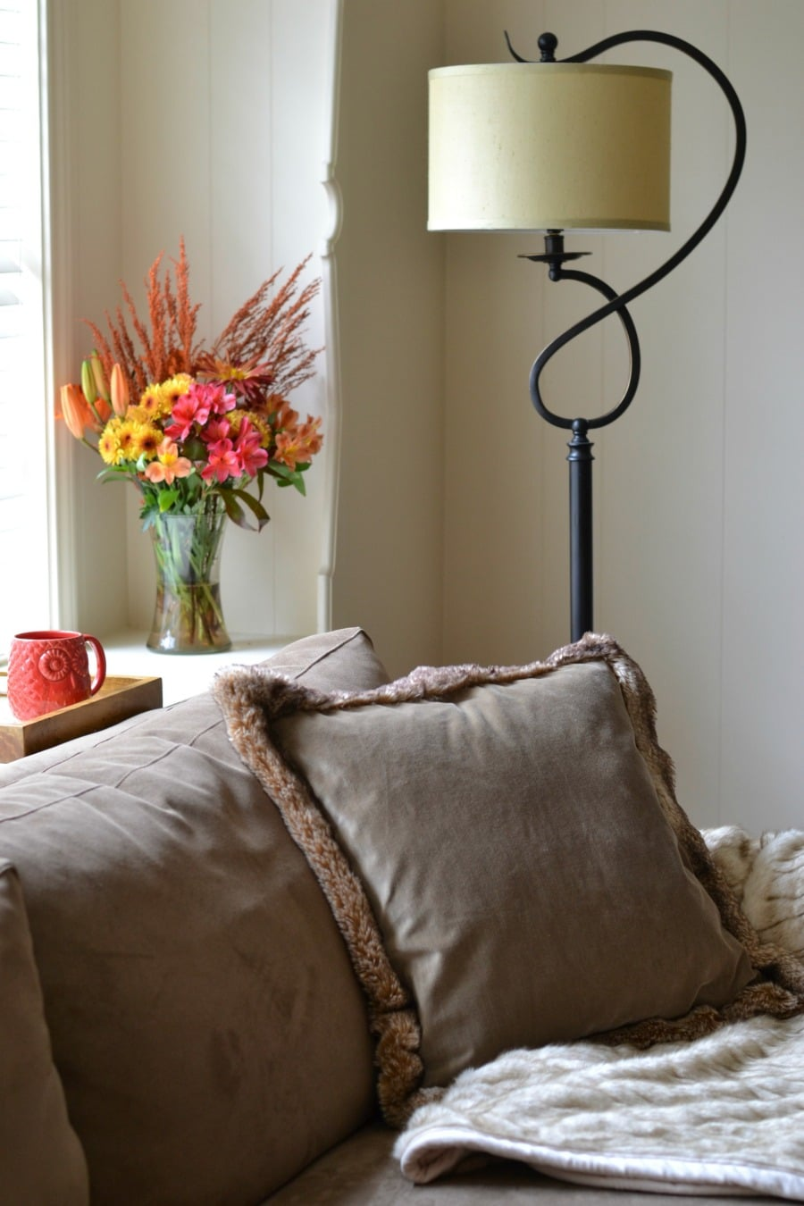pottery-barn-faux-fur-pillow
