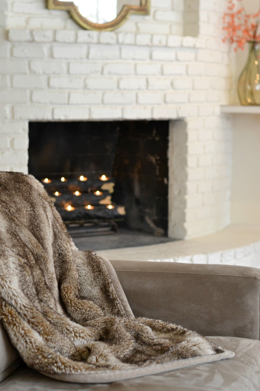 pottery-barn-faux-fur-throw