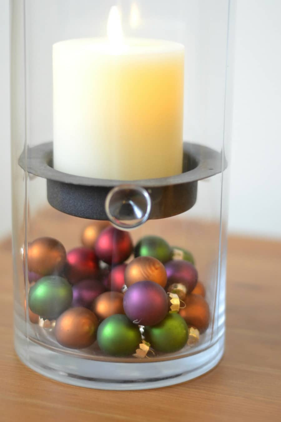 ornaments-in-candle-holder