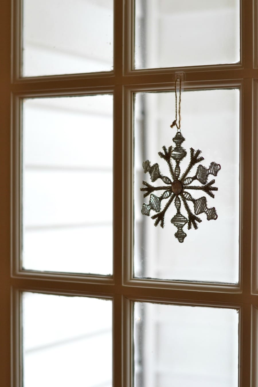 snowflake-ornament-on-window