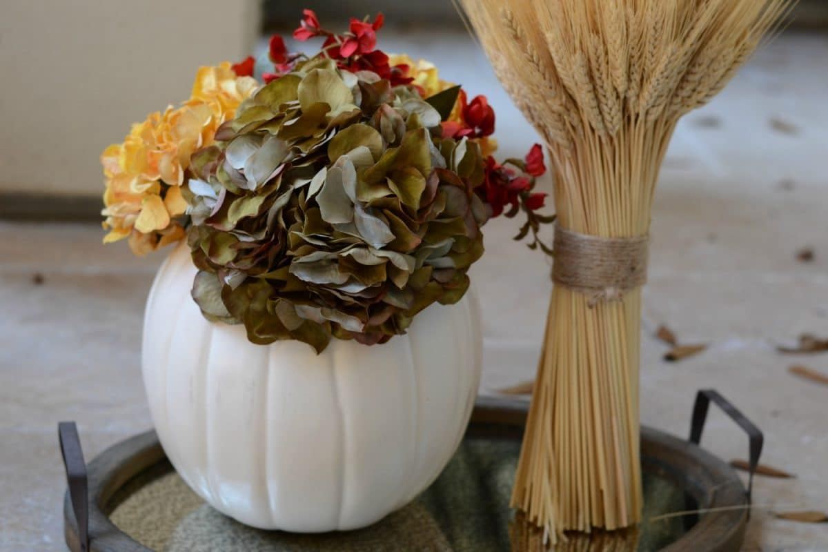 5 Simple Ways to Upgrade a Craft Pumpkin | Good and Simple