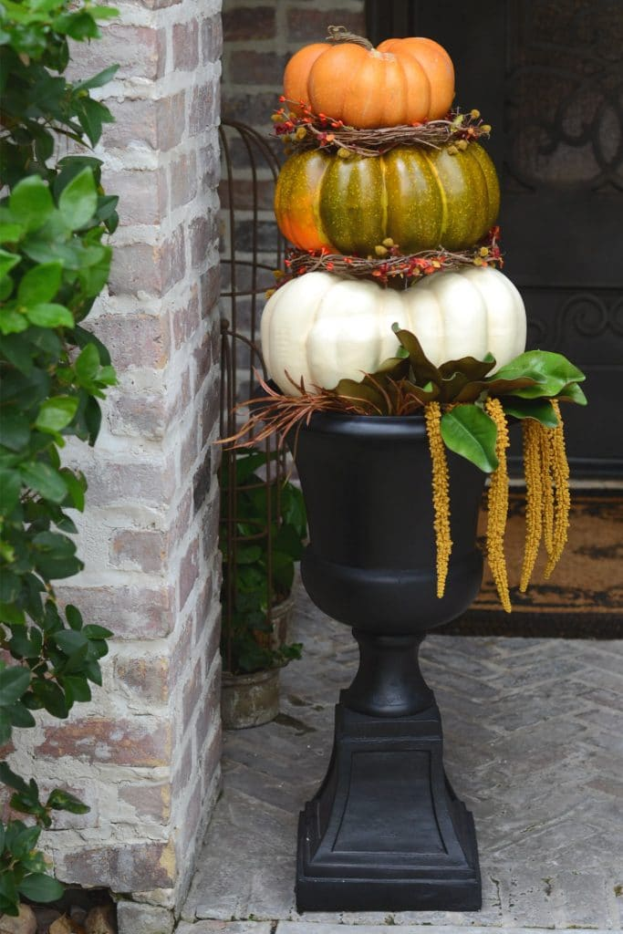 DIY pumpkin topiary on patio