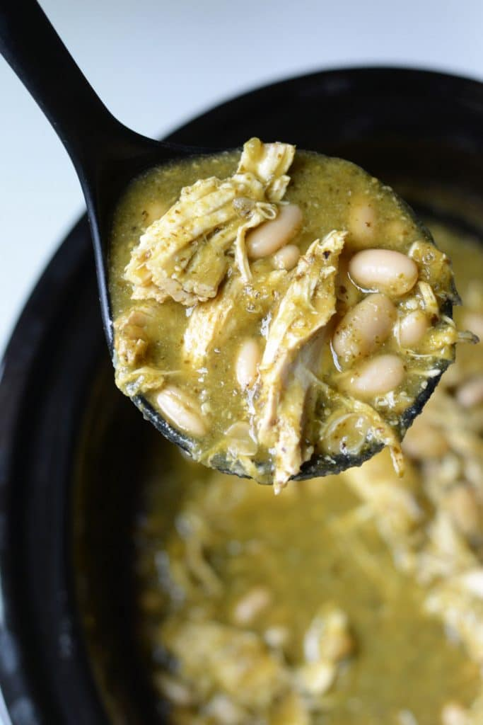 Chicken chile verde stew with cannellini beans